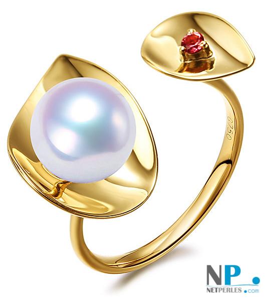 Bague en Or Jaune avec une perle d'Akoya blanche et une pierre tourmaline rouge