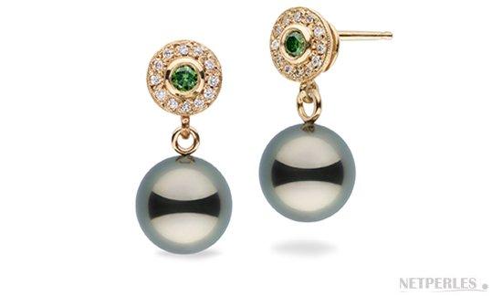 Boucles d'oreilles en Or Jaune 14 carats avec perle de culture de Tahiti et diamants verts et blancs