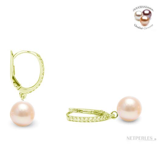 Boucles d'oreilles en or jaune et diamants avec perles de culture d'eau douce haut de gamme couleur naturelle peche
