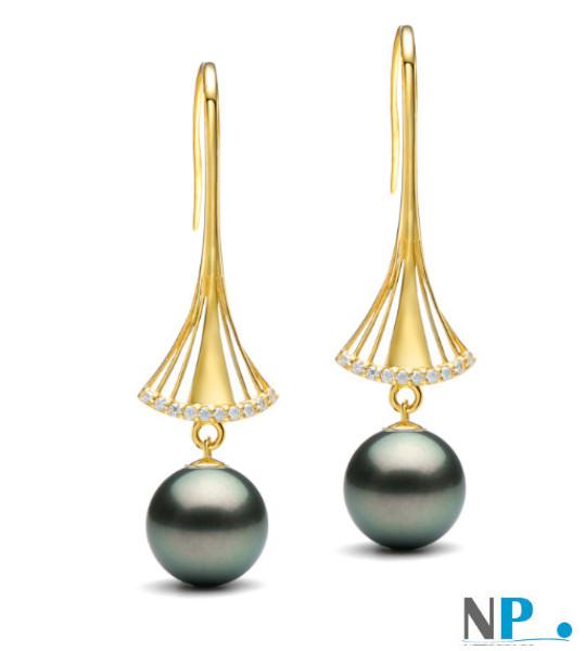 Boucles d'oreilles en or jaune 9k avec perles de Tahiti et diamants