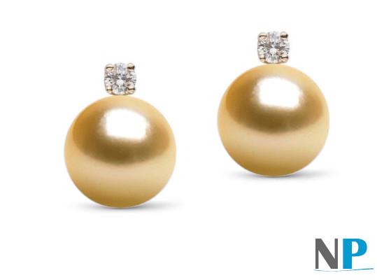 Boucles d'oreilles avec perles d'Australie dorées  en Or 18k et diamants