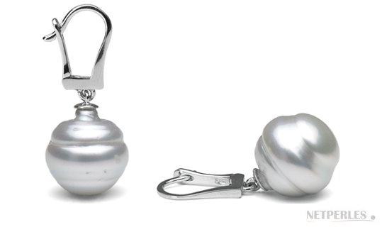 Dormeuses en or gris avec perles baroques d'Australie blanches argentées