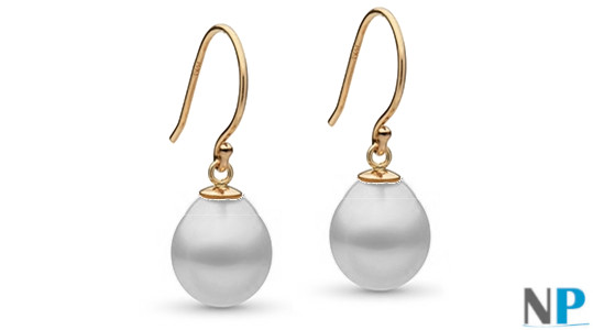 Boucles d'Oreilles en Or jaune 14 carats avec perles forme de goutte blanches argentées