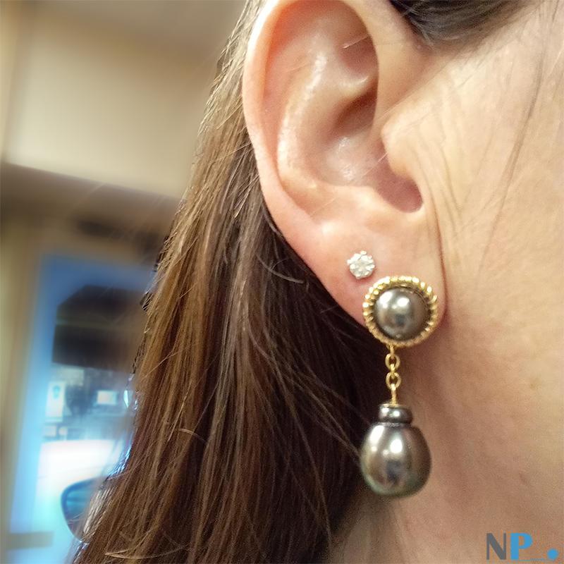 Boucles d'oreilles en or et perles de tahiti. 4 perles haut de gamme