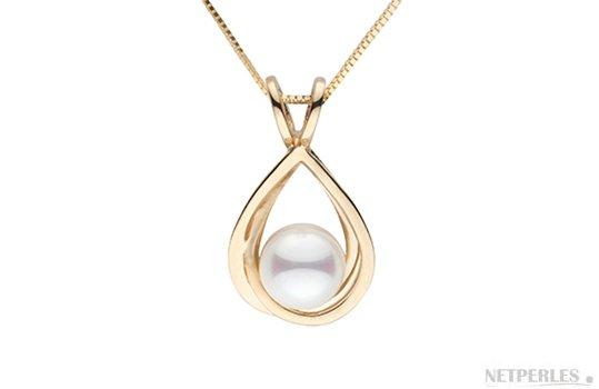 Pendentif en Or Jaune avec une perle d'Akoya du Japon Blanche AAA