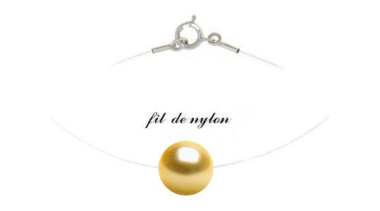 Pendentif CIRRUS , câble invisible nylon traversant une perle dorée des Philippines