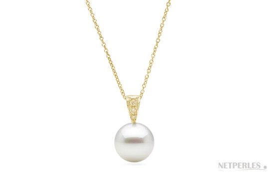 Pendentif Desir en or jaune et perle d'Akoya avec diamants