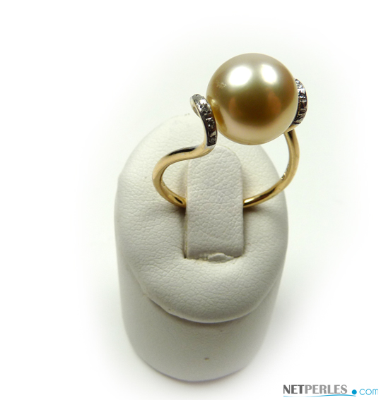 Bague Desire en or jaune et perle d'australie dorée