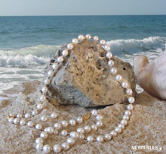 Parure or et perles de culture d'eau douce