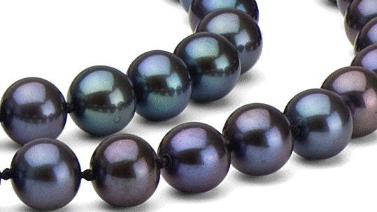 Perles de culture d'eau douce noires