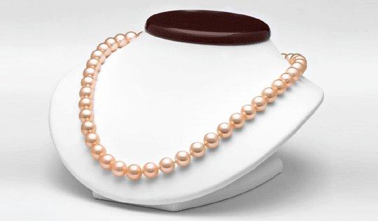 Collier de perles d'eau douce pêches