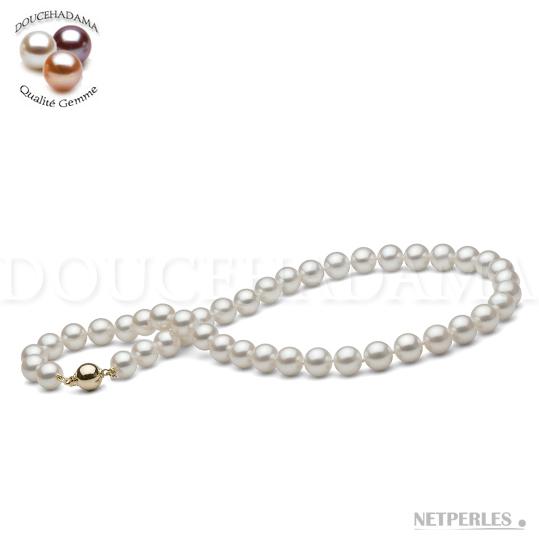 Collier de perle d'eau douce qualité doucehadama de 9,0 à 9,5 mm de diamètre et d'une longueur de 45cm. Couleur blanche