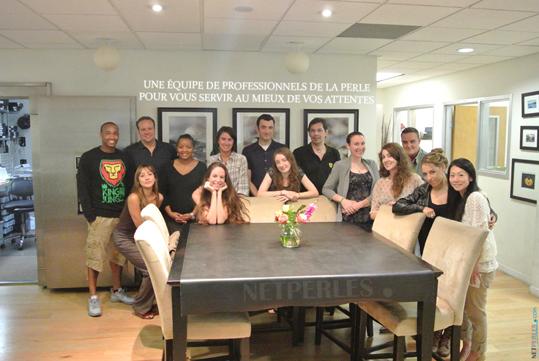 Une grande équipe de professionnels de la perle au service de notre clientèle