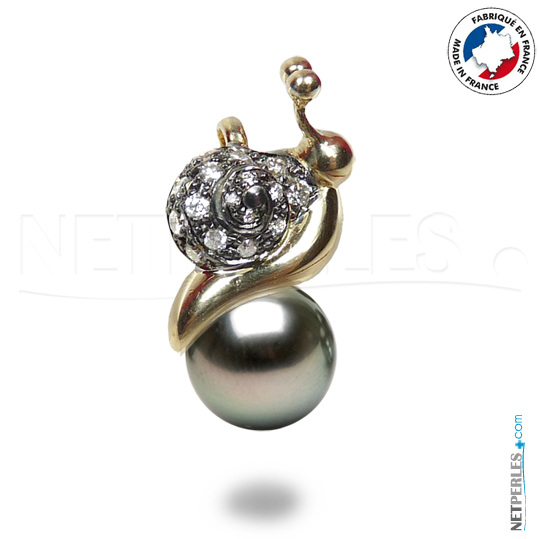 Pendentif Escargot en Or 18 carats et ses 16 diamants