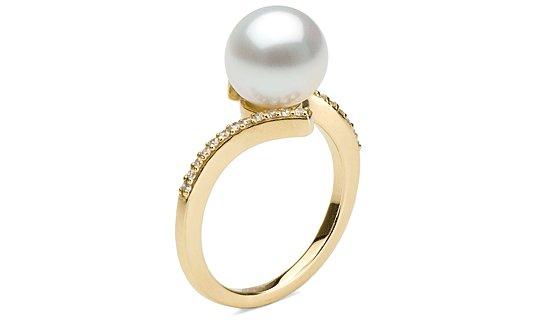 Bague en or jaune diamants et perle d'Akoya 9-9.5  mm AAA