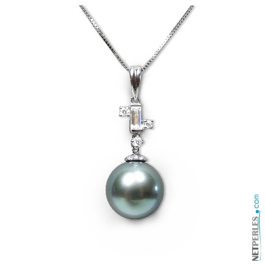 Pendentif Or et diamants avec Perle noire de tahiti