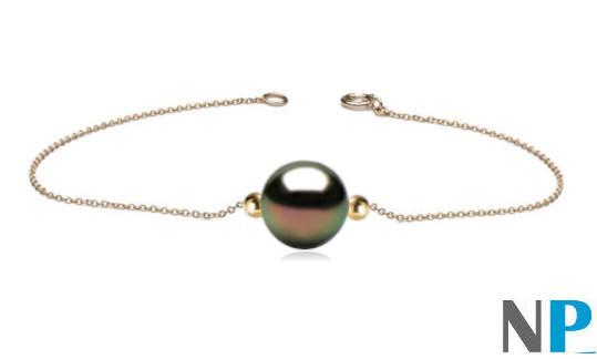 Bracelet chaine or 18 carats traversant une perle de Tahiti AAA et deux billes en or