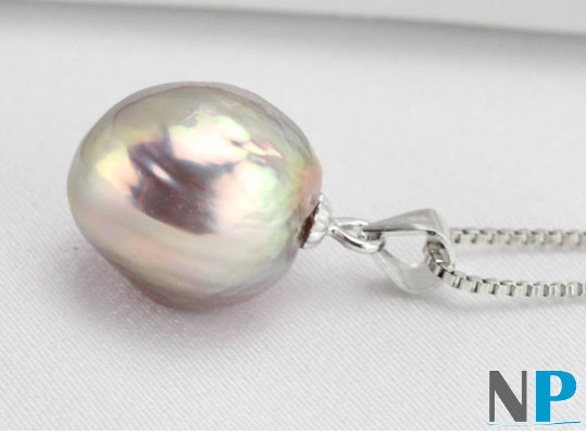 Pendentif en Argent 925 et perle Soufflée d'Eau Douce. Une perle rare!!