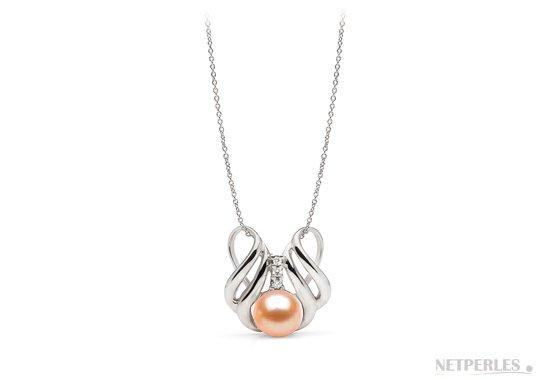 Pendentif en argents et diamants avec perle de culture rose pêche