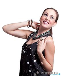 Amoureuse des perles, elle les portent tous les jours