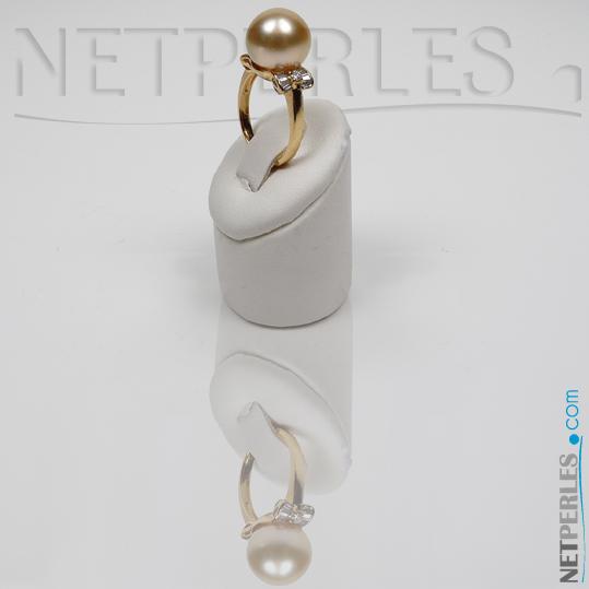 Perle d'Australie dorée sur bague Or 18k et diamants