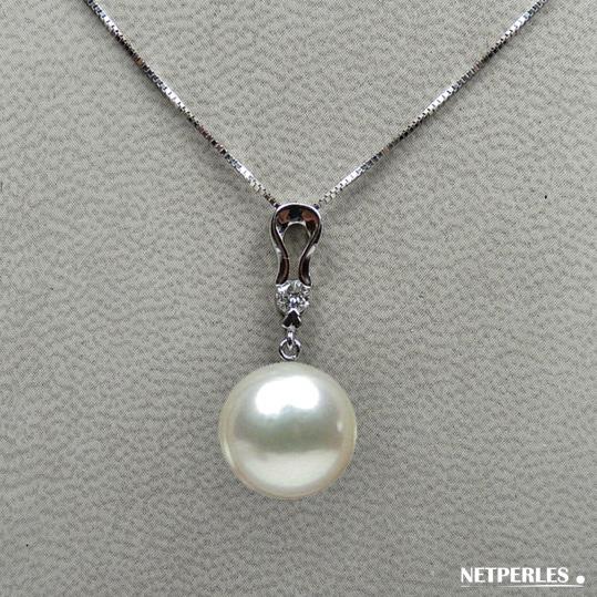 Pendentif Or gris 18 carat et un diamant rond avec perle de culture d'Australie qualité AAA