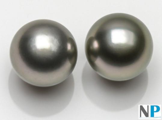 Perles de Tahiti claires de couleur gris argent