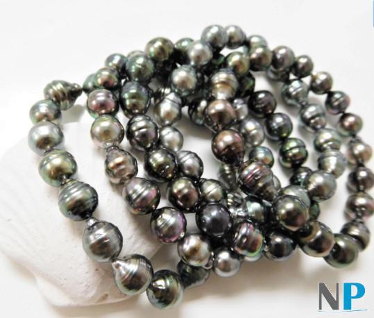 Bracelet de perles baroques de Tahiti sur fil élastique