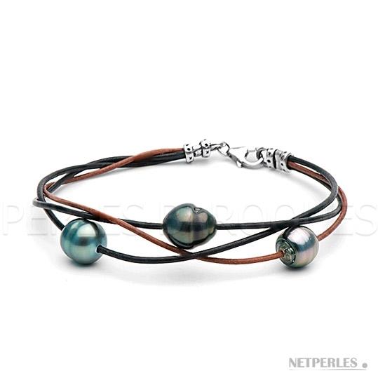 Bracelet de perles de culture de Tahiti baroques de 9 à 10 mm montées sur lien de cuir entrelacés.