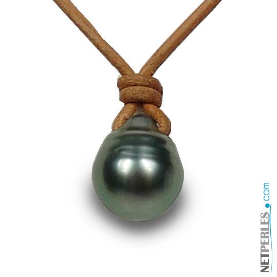 pendentif perle noire baroque de tahiti et lien de cuir