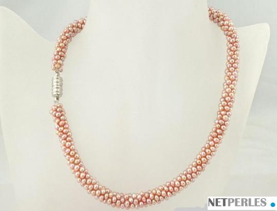 Collier en torsade , perles d'eau douce de 2 mm, blanches, lavandes ou roses pêches