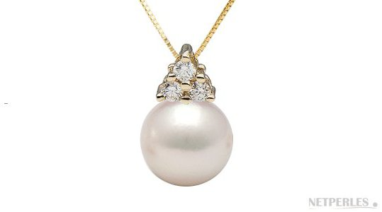 Pendentif En or jaune avec diamants et perle d'Akoya