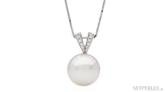 Pendentif en Argent rhodié avec une superbe perle d'Australie blanche argentée AAA