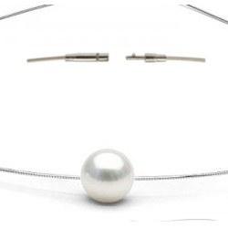 Câble 45 cm, Ø 1,5 mm, 7,20g, en argent 925 traversant une Perle d'Akoya Blanche 9-9,5 mm AAA