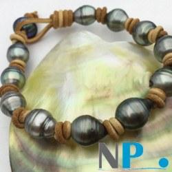 Bracelet de perles de Tahiti Baroques 9-11 mm sur Cuir traversant Naturel ou Noir, unisexe