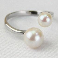Bague Argent 925 avec 2 perles d'Akoya blanches 6,5-7 mm et 7,5-8 mm AAA