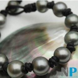 Bracelet de perles de Tahiti 11-12 mm AA+ sur Cuir Naturel ou Noir, unisexe