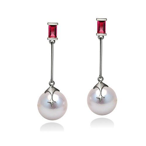 Paire de boucles d'Oreilles Or 9k 2 rubis, perles d'Akoya blanches 9,0 à 9,5 mm