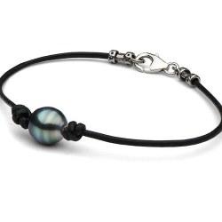 Bracelet ou collier en cuir et perle de Tahiti Poire entre 2 noeuds