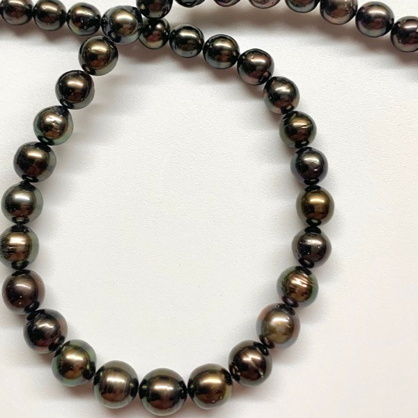 Collier 43/44 cm de perles de Tahiti presque rondes 8 à 10 mm AA