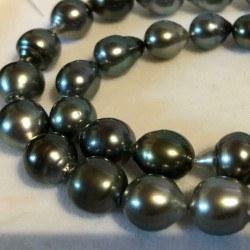 Collier 43 cm de perles de Tahiti de 8,5 à 11 mm baroques forme goutte
